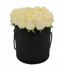 livrare flori in cutii in Bucuresti
